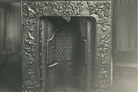 Господский дом и господский камин на старых фото