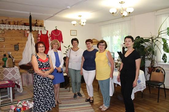 Выксунские библиотеки посетили коллеги с Автозавода