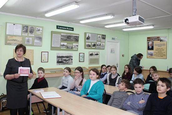 К 75-летию полного освобождения Ленинграда: Непокорённый город