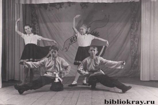 «Искорка» из Шиморского РДК: танцуем в прошлое
